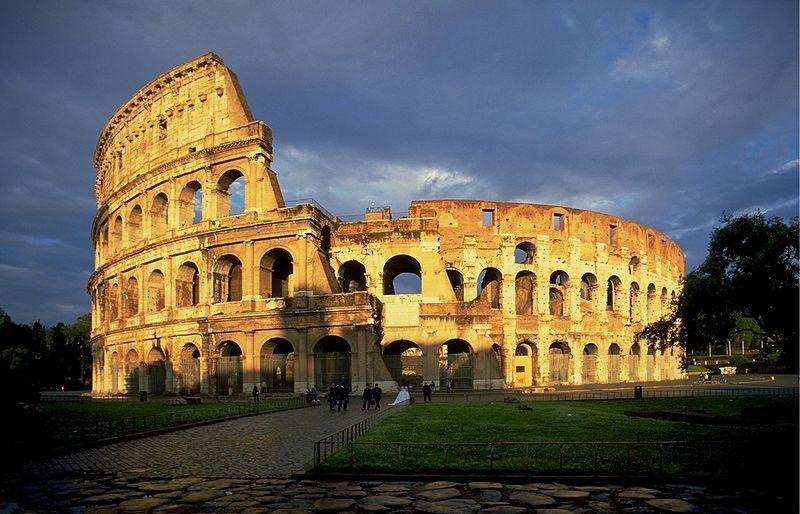 The roman colosseum essay